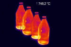 Glass bottle jar thermal image
